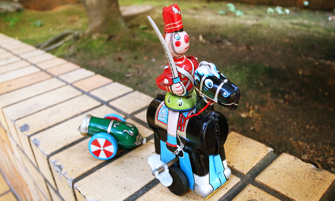 1960's 東京プレイシング商会製 TOY SOLDIER ON HORSE PULLING CANNON